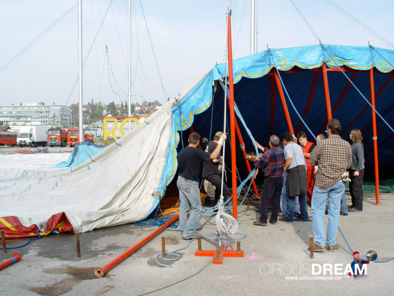 Circus Theater Roncalli (Himmel auf Erden) - Zürich-Wallisellen