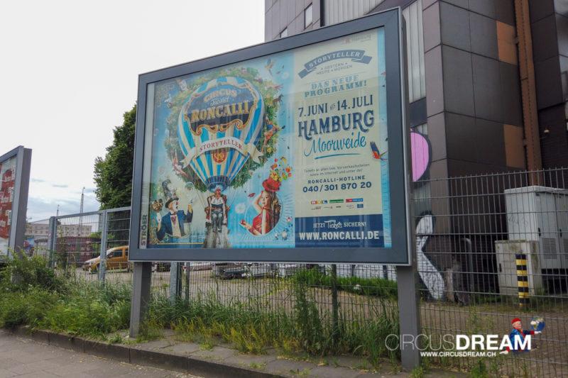 Circus Theater  Roncalli (Storyteller: Gestern-Heute-Morgen) - H