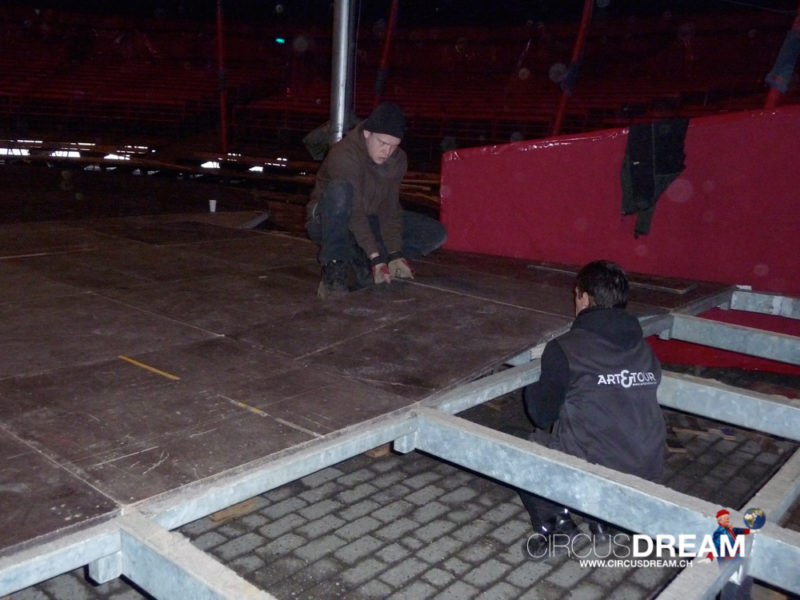 Circus Theater Roncalli - Oldenburg (D) 2008