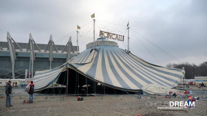 Circus Theater Roncalli - Bremen (D) 2008