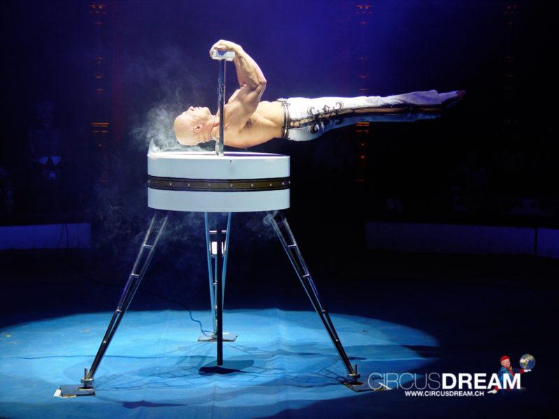 Circus Theater Roncalli - Kiel (D) 2008
